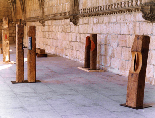 Exposición '<i>Close-up to Japan</i>'. Monasterio de los Jerónimos, Lisboa, 1993<br>© Kan Masuda